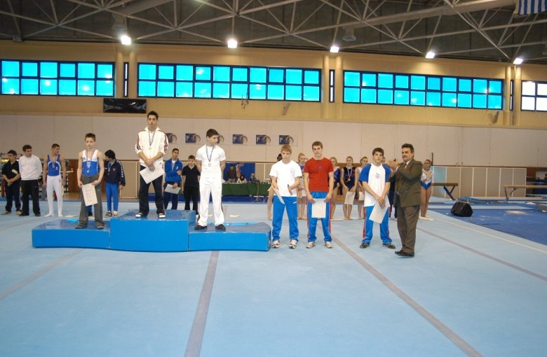 juniors1-fx2-panellinio-enorganis-2008