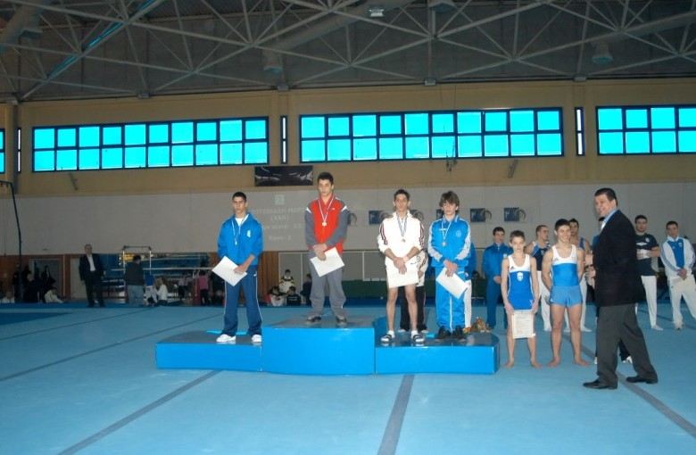 juniors2-ph2-panellinio-enorganis-2008
