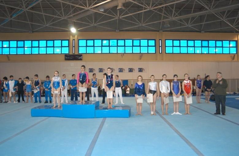 juniors2-ub2-panellinio-enorganis-2008