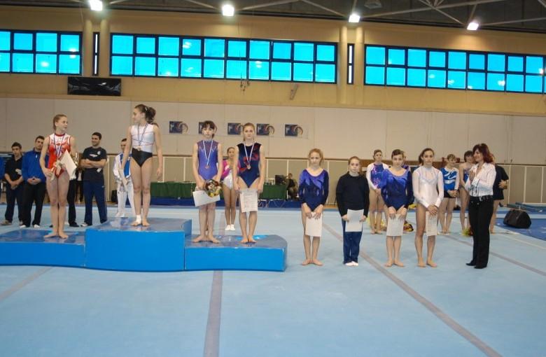 juniors3-bb2-panellinio-enorganis-2008