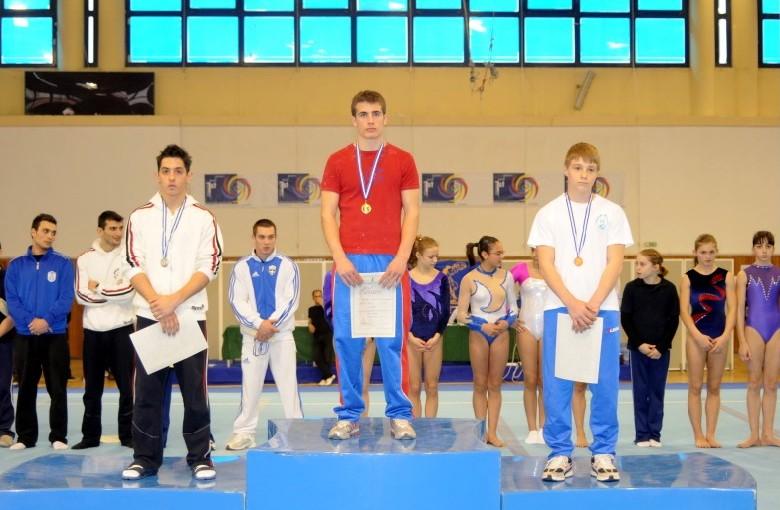juniors4-vt1-panellinio-enorganis-2008