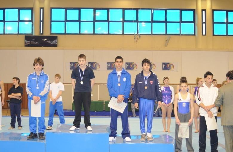 juniors6-hb-panellinio-enorganis-2008