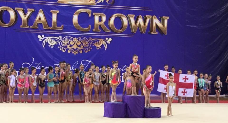 royal-crown-cup_06