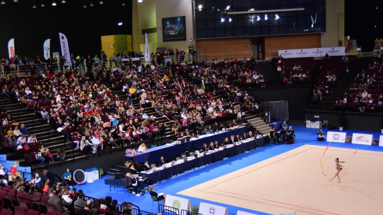 Θέαμα υψηλού επιπέδου απόλαυσαν οι φίλαθλοι, που βρέθηκαν στο Ολυμπιακό Κλειστό του Φαλήρου για το 5ο Aphrodite Cup, τη μεγαλύτερη γιορτή της ρυθμικής γυμναστικής στην Ελλάδα.