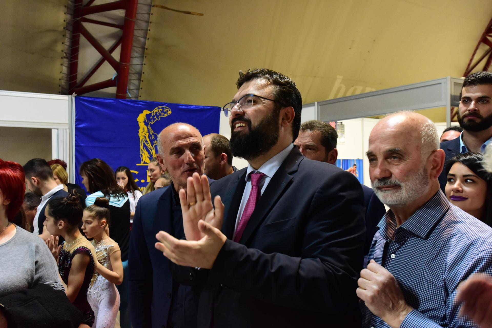 Ο Υφυπουργός Αθλητισμού Γιώργος Βασιλειάδης επισκέφθηκε τον χώρο της Ε.Γ.Ο. και έμεινε εντυπωσιασμένος από το θέαμα που πρόσφεραν οι μικροί εκπρόσωποι της ελληνικής Γυμναστικής.